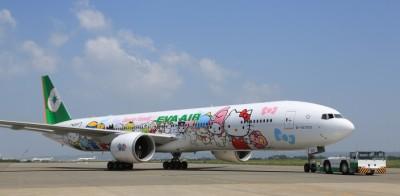 777-hello-kitty-jets-12_tcm30-19892